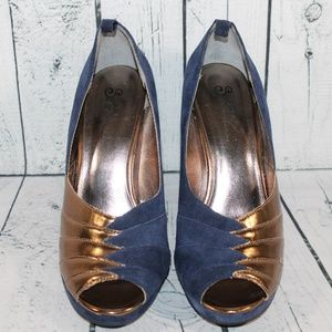 Seychelles & Coreylynncalter Blue Leather Heels